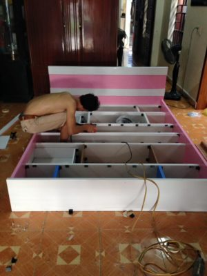 tháo lắp tủ nhựa đài loan