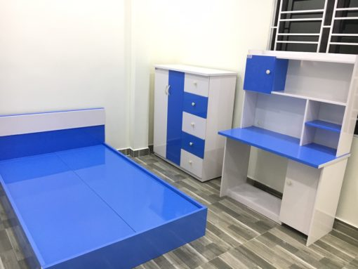 bàn học sinh + giường 1m2x1m9