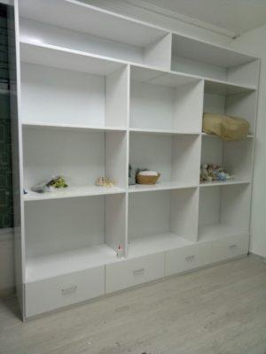 tủ trưng bày