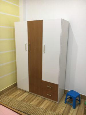 tủ 3 buồng trắng vân gỗ